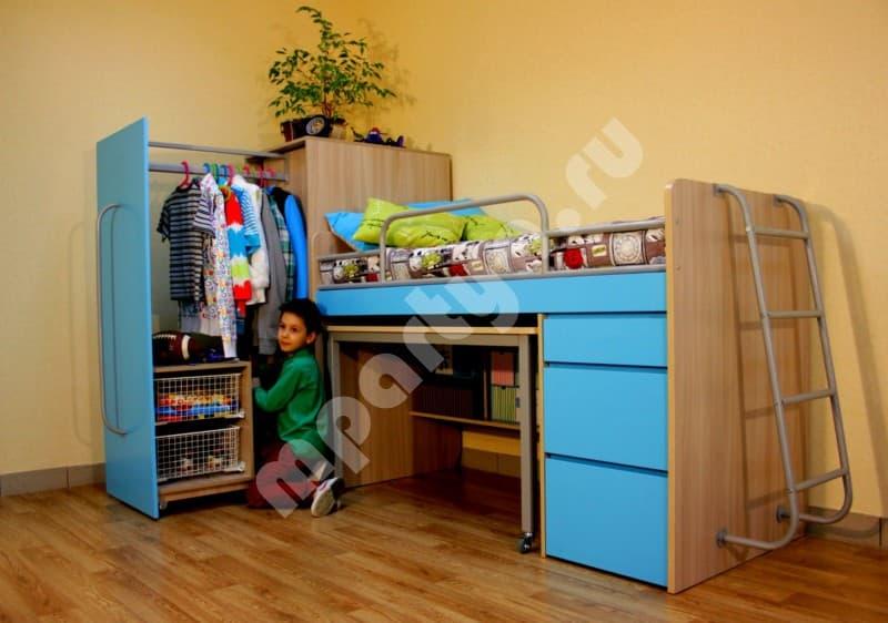Детская двухъярусная кровать со шкафом и столом фото